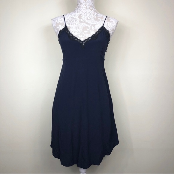 Aritzia Dresses & Skirts - Aritzia Wilfred navy lace trim slip dress